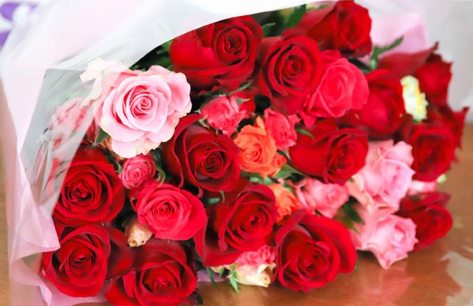 花束やプレゼントのお預かり